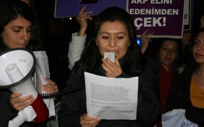 Kadına şiddet protesto edildi