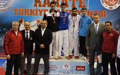 Şampiyon Karateci Milli Takımda