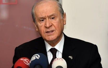 Bahçeli'den Davutoğlu'na Tarihi Kapak!