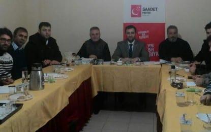 AKP'nin Dış Politikası Omurgasız