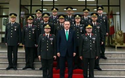 Cumhurbaşkanı Erdoğan, Balıkesir'de Belediye Başkanlığı ile Garnizon Komutanlığını Ziyaret Etti