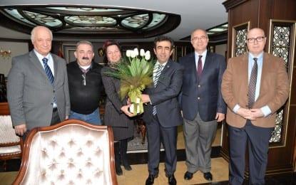 İl  Kültür ve  Turizm  Müdürlüğü Türk  Sanat  Müziği Korosundan  Valiye  Ziyaret