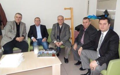 Kandıralılar Dr. Aziz Alemdar'ı Ziyaret Etti
