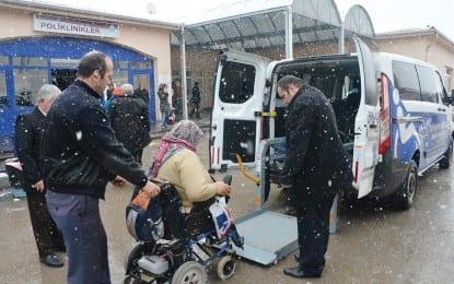Büyükşehir'in Asansörlü Engelli Araçları Hizmette