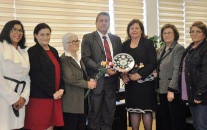 Kanser Hastalarına Yardım Derneği Belediye Başkanı İsmail Arter'i Ziyaret Etti