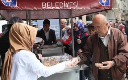 Büyükşehir Belediyesi Çanakkale Şehitleri İçin Lokma Dağıttı