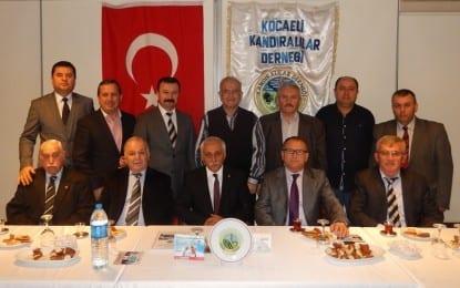 MHP Milletvekili Aday Adayı Zekai Kahyaoğlu, Kocaeli Kandıralılar Derneği'nde..