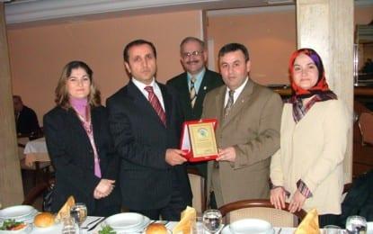Kandıralılar Merhum Kaymakam Mehmet Sarıcan'ı Unutmadı