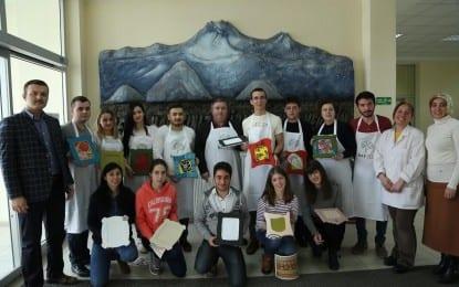 Romanya Ve Portekiz Öğrencileri Kurs Görüyor