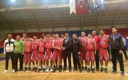 Derince Yenikentspor Yıldız Basketbol takımı Kocaeli 3. sü Olmuştur.