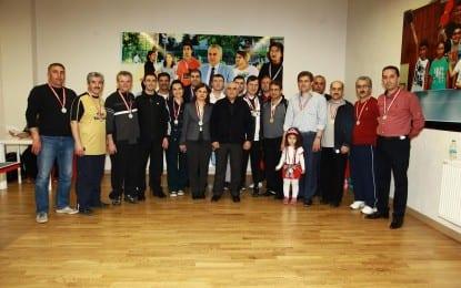 Büyükşehir Personeli Masa Tenisi Turnuvasında Karşılaştı