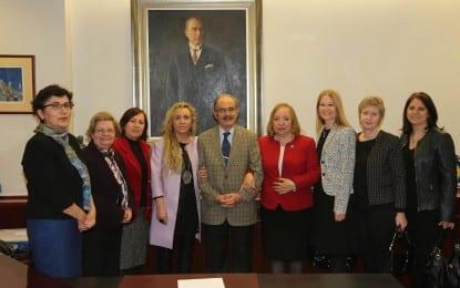 Türk Kadınlar Birliğinden Büyükerşen'e Ziyaret