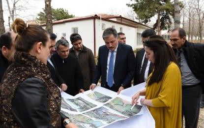İsmet Paşa Parkında Düzenleme Çalışmaları