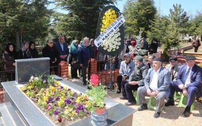 Mustafa Mansız Mezarı Başında Anıldı