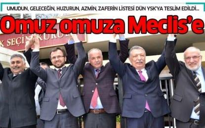 Omuz Omuza Meclise