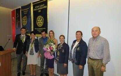 Uluslararasi Rotary Kulubü'nün özel misafiri