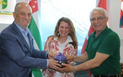 Abhazya'dan Nermin Tol'e teşekkür mektubu