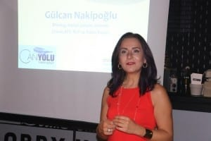 Gülcan Nakipoğlu ilk kitabını tanıttı
