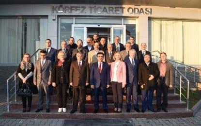 Vali Güzeloğlu'ndan , Körfez Ticaret Odası Başkanı Sibel Moralı ve Yönetim Kurulu üyelerine iade-i ziyaret
