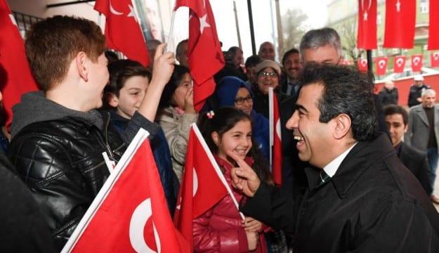 Kocaeli Valisi Güzeloğlu; BİZ TÜRKİYE'DE EN İSTİKRARLI EN BAŞARILI VE BAŞARISINI ARTTIRARAK SÜRDÜREN BİR İLİZ