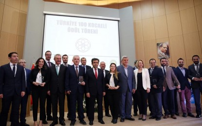 Türkiye 100'e giren Kocaelili firmalara ödülleri takdim edildi