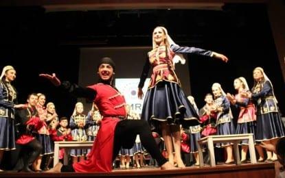 Amra Kafkas Dans Ekibi,  12 Şubat Pazar günü Süleyman Demirel Kültür Merkezi'nde