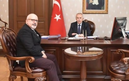 KOÜ'lü Akademisyen Özdemir'den, Eski Kocaeli Valisi, şimdiki Hatay'da Valisi Ata'ya ziyaret