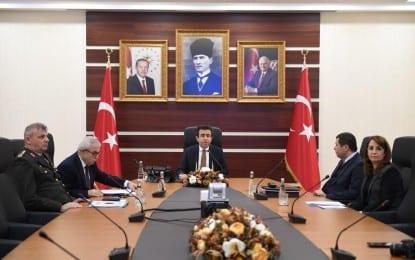 Vali Hasan Basri Güzeloğlu, 16 Nisan 2017 tarihinde yapılacak olan Anayasa değişikliği  ile ilgili basın açıklaması gerçekleştirdi