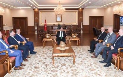 Siyasi Partilerin İl Başkanları Vali Güzeloğlu'nu ziyaret etti