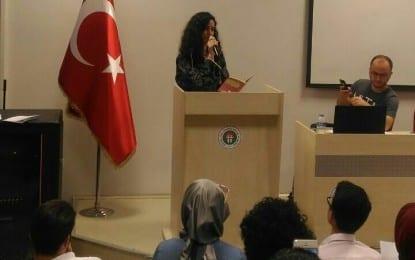 Eğitim Fakültesi Öğrenci Kulübü Şiir İmecesi Düzenledi