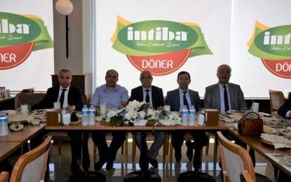 Ohal Valisi ve Vali Vekili Balaban'dan Vali Yardımcıları Abdullah Etil Ve Osman Sarı'ya Veda Yemeği