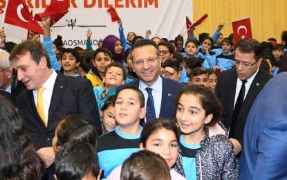Vali Aksoy Çayırova'da Şehit Er Mücahit Okur İmam Hatip Lisesi Spor Salonunun Açılışına Katıldı