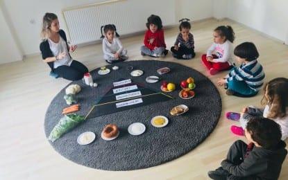 Nar Montessori Kreş'te sağlıklı beslenme projesi