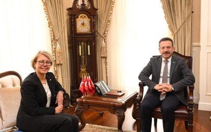 İstanbul İsveç Başkonsolosu Therese Hyden Vali Aksoy'u Ziyaret Etti