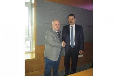 Gazeteci Selçuk Çelebi'den Eski Bakan Çelik'e Ziyaret