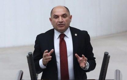 """CHP Kocaeli Milletvekili Tahsin Tarhan, """"Ülke Göz göre göre bir ekonomi krize, bir devalüasyona sürüklendi"""