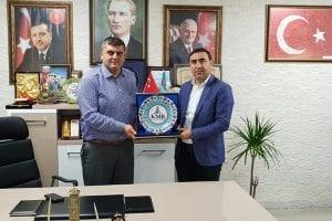 Kocaeli Müteahhitler Birliği,Ak Parti İzmit İlçe Başkanı AYAZ'I ziyaret etti