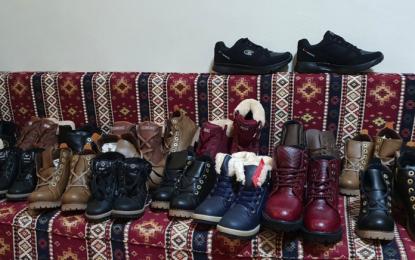 Sivas'ta 250 öğrenciye Hollanda'dan giysi yardımı yapıldı