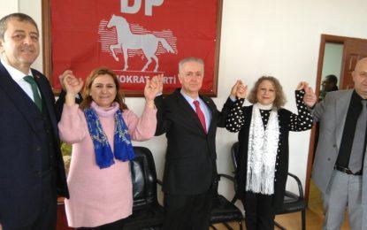 İsmail Yazgan, Demokrat Parti'nin İzmit Belediye Başkan adayı oldu