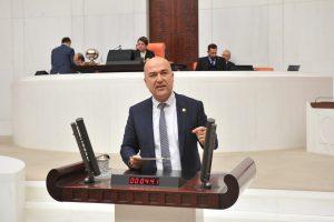 """CHP İzmir Milletvekili Murat Bakan, Milli Savunma Bakanı Hulusi Akar'a sordu: """"AKP'nin seçim vaadi ile verdiğiniz yanıtın çelişmesini nasıl açıklıyorsunuz?"""""""