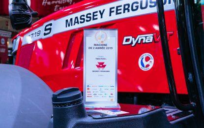"""""""Yılın Traktörü"""" ödülünün sahibi Massey Ferguson!"""