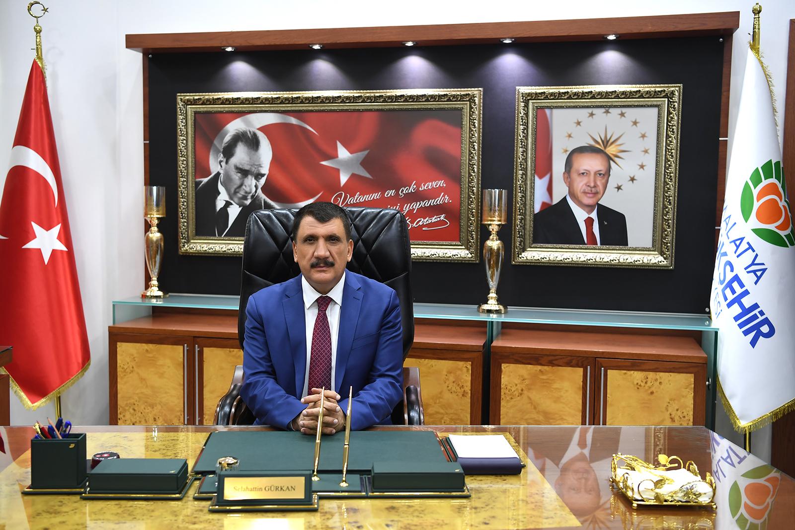 Kocaeli Okuyor / Anadolu'nun Stratejik Kapısı – Malatya Büyükşehir Belediye  Başkanı Selahattin Gürkan, Ramazan Bayramı dolayısıyla bir mesaj yayınladı