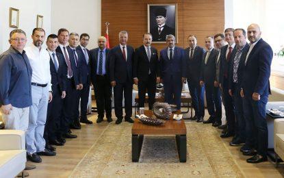 KOTO, VakıfBank'ın yeni  Genel Müdürü Üstünsalih'i ağırladı