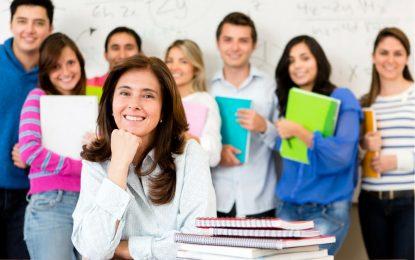 """İngilizce öğrenmek için yılda 300 Milyon TL harcanıyor  """"Peki neden hala İngilizce öğrenilemiyor?"""""""