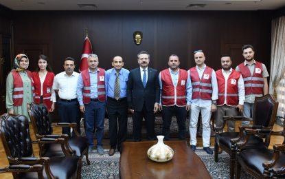 Kızılay Darıca Şube Yönetim Vali Aksoy'u Ziyaret Etti