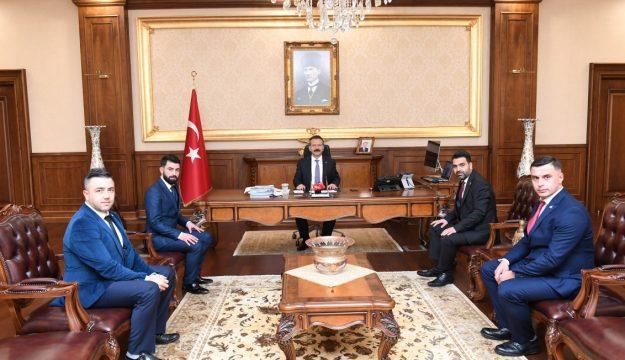 Alperen Ocakları Kocaeli İl Başkanı ve Yeni Yönetiminden Vali Aksoy'a  Ziyaret