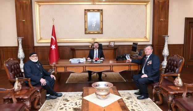 Kore Gazisi Musa Karabulak, Kıbrıs Gazileri Abdülhamid Altun ve Mitat Ağdur'dan Vali Aksoy'a ziyaret