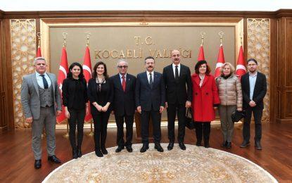 İzmit Kent Konseyi Yeni Yönetimi  Vali Aksoy'u Ziyaret Etti