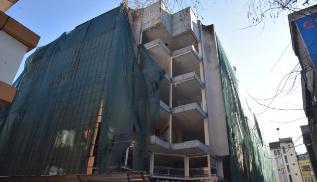 Kızılay İş Merkezinin yıkımı güvenlik amacıyla gece yapılacak
