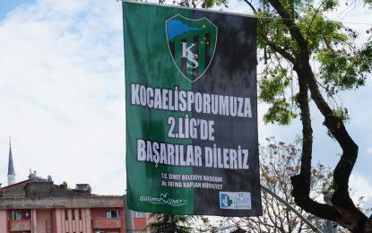 İzmit'te caddeler, sokaklar, kaldırımlar  YEŞİL-SİYAH !